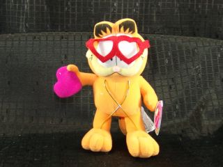 New Russell Stover Valentine Heart Garfield Plush Cat