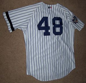 CHRIS CHAMBLISS 2000 GAME WORN YANKEES WORLD SERIES HOME JERSEY