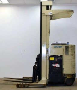 Crown 3500 lbs Pound Capacity Reach Stand Up Fork Lift Fork Truck