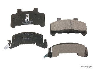 Front Disc Brake Pads Chevy Cavalier Beretta Celebrity