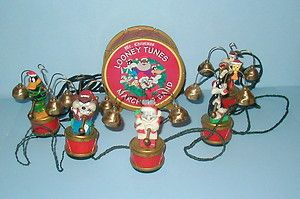 Mr Christmas Animated Looney Tunes Marching Band Plays Bells Daffy
