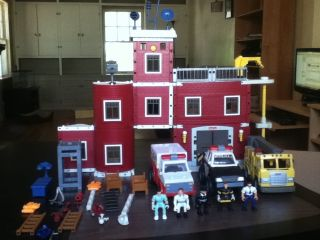 Imaginext Fire Police Rescue Center Figures and Vehicles