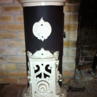 Petite Godin Wood or Coal Burning Stove