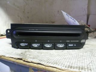98 02 Chrysler Dodge Neon Caravan 4 disc cd changer P56038531AD
