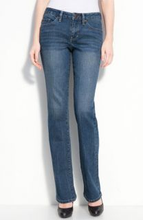 Jag Jeans Lucy Bootcut Stretch Jeans (JJ Wash) (Petite)