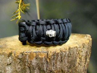 Paracord Survival Bracelet   King Cobra   Black /Chrome Tibetan Skulls