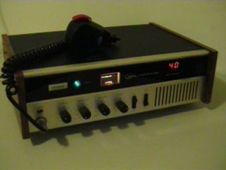 COURIER CARAVELLE 40D BASE STATION 40 CHANNELS VINTAGE GREAT