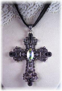 Vtg Retro Filigree Rhinestone Cross Jewelry Necklace   CLASSIC