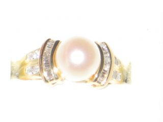SALTWATER CULTURED PEARL BAGUETTE & ROUND DIAMOND 14K GOLD RING