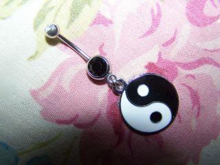 Oligos Beautiful Ying Yang Belly Ring Dangle