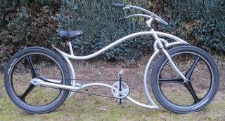 Custom Bicycle beach cruiser Custom Built bike with 3 spoke 26 wheels