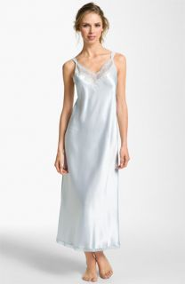 Oscar de la Renta Sleepwear Elegant Satin Nightgown