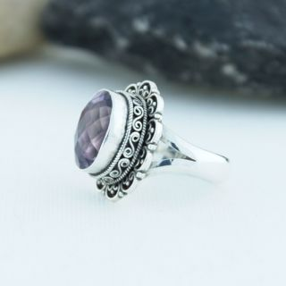 Sterling Silver Oval Brilliant Cut Amethyst Ring Size 8