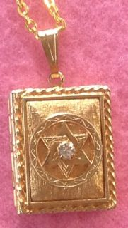 Vintage Judaica Star of David Rhinestone Book Locket Pendant Necklace