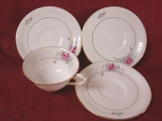 Royal Worcester China Dinnerware Worcester Rose Pattern Z2261 Set 1