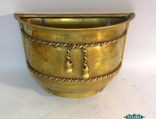 Fine Vintage Brass and Copper Decorative Wall Pocket