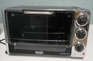 DeLonghi Convection Toaster Oven EO 2058 Open Box Item