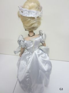 cinderella brass key disney keepsake porcelain doll used includes doll