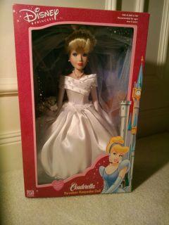 Brass Key Disney Princess Cinderella Bride 14 Porcelain Doll