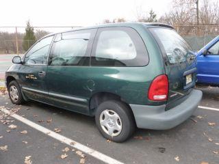 1999 Dodge Caravan V6   Not Working or for Parts Bad Transmission V6