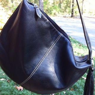 Ladies Handbag Donald Pliner Medium Black Leather Hobo
