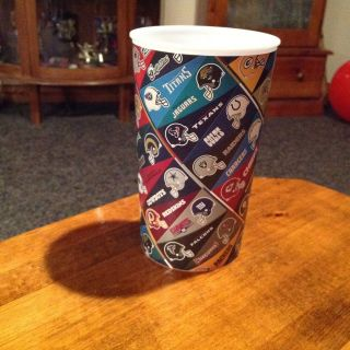 All NFL 2012 Plastic Drinking Cup Official Hallmark Cards Pennants