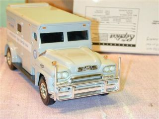 ERTL 1959 GMC Armored Truck bank Die Cast metal Eastviews Pill Wagon