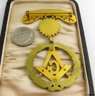 Masonic Past Master Medal Square Compass G Wreath Sun C 1932
