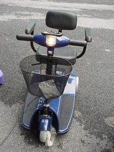 Zipr 3 3 Wheel Portable Electric Mobility Blue Scooter Brand New chair