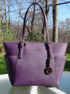 NEW MICHAEL KORS E W JET SET TOP ZIP TOTE Purple Saffiano Leather