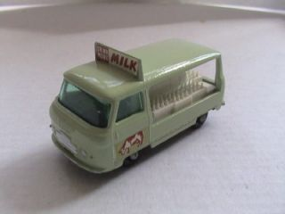 MATCHBOX NO 21 MILK DELIVERY TRUCK MILK FLOAT MIB