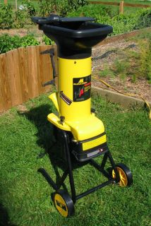 McCulloch LR80782 14 0 Amp Electric Wood Chipper Shredder