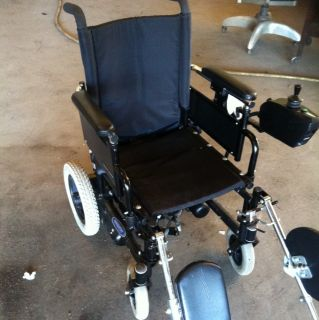 Navigator by Everest Jennings Folding Power Wheel Chair