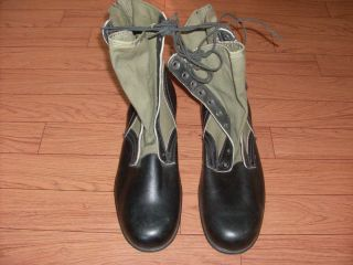 U s Military Vietnam Era Jungle Boots Dated 3 68