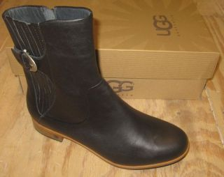 UGG Womens Finnegan Boots Black Size 5