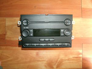 150 2004 2005 2006 Ford F150 Am FM CD Radio Stereo Player 4L3T