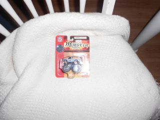 2004 Fleer Collectibles Dallas Cowboys Mini Monster Truck Never Opened