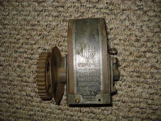McCormick Deering IH Model M magneto Type L hit miss gas engine