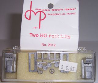 HO Scale Dyna Model Products Two Fork Lifts Kit No 2012