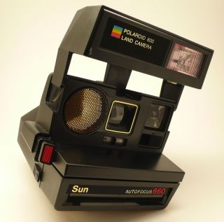Polaroid 600 Land Camera Sun Autofocus 660 Film Camera