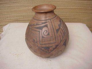 Vintage Mexican Pottery pot Vase by Manuel Olivas Mata Ortiz