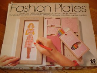 FASHION PLATES BY TOMY 1978 IN BOX EXCELLENT SHAPE ALL PLATES