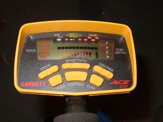 Garrett Ace 250 Metal Detector w Proformance Elliptical Search Coil