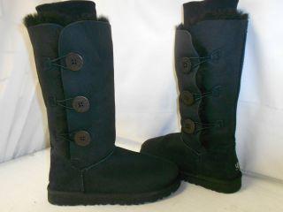 NEW UGG Womens Bailey Button Triplet Black 1873 Sheepskin Winter Wool