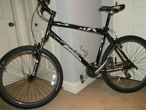 2009 Gary Fisher Mako Mountain Bike 19.5 w/ Front Suspension