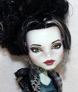 Monster High Frankie Stein Repaint OOAK  Angelina Jolie  Last Doll
