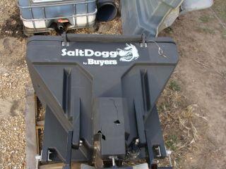 TGS07 Buyers Salt Spreader Salt Dogg Hitch Receiver Low Profile 11 cu