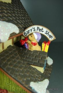 HOLIDAY TIME CHRISTMAS VILLAGE GARYS PET SHOP