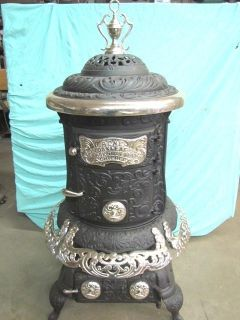 STUNNING RESTORED 1910 ANTIQUE CAST IRON VICTORIAN WOOD PARLOR STOVE