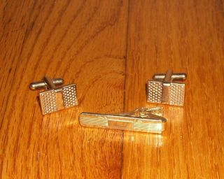 VINTAGE GOLD TONE CUFF LINKS CUFFLINKS BAR TIE CLASP SET 40s 50s COULD